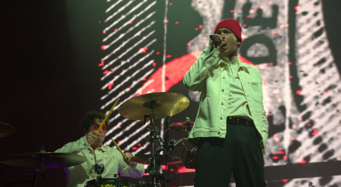 Twenty One Pilots Energize Fans at Boston Concert