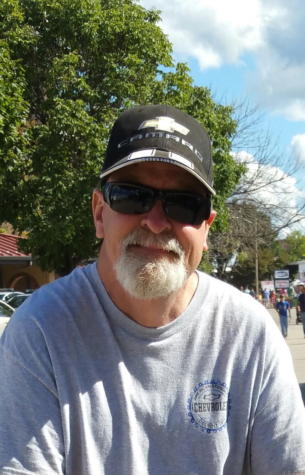 Steve M Mowrey