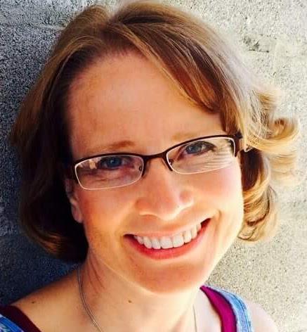 Michelle M McKuras