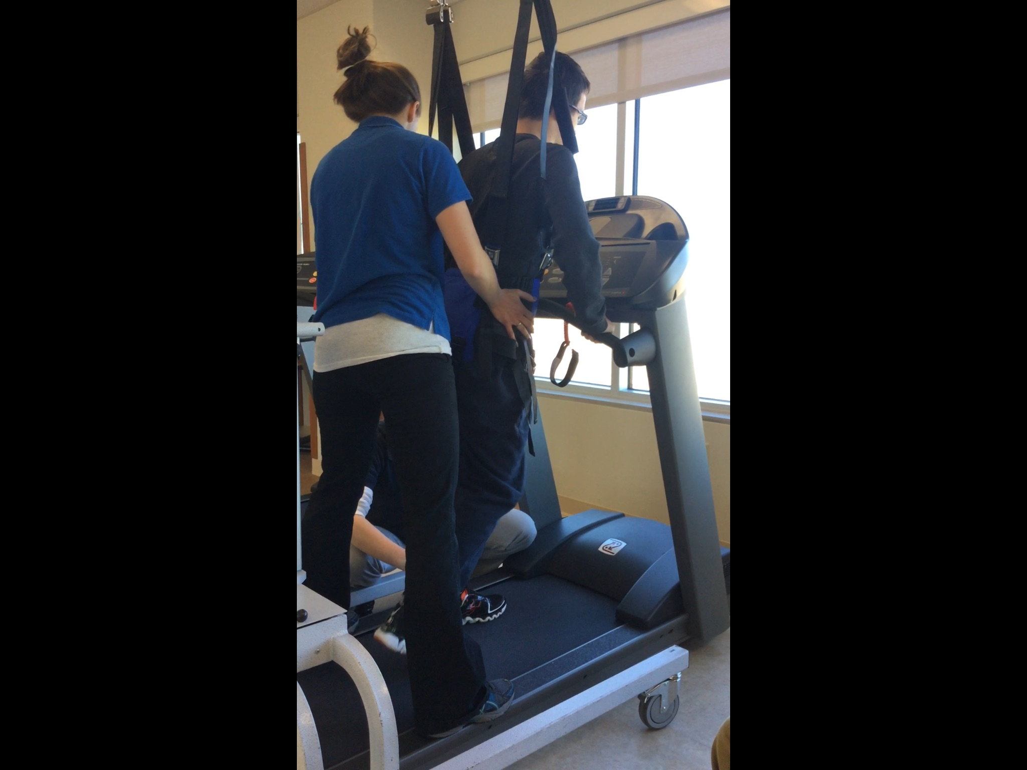 PT on the treadmill