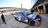 Kasey Kahne and the No. 5 team at Indy