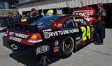 Jeff Gordon and the No. 24 team at Michigan