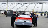 Kasey Kahne and the No. 5 team at Loudon