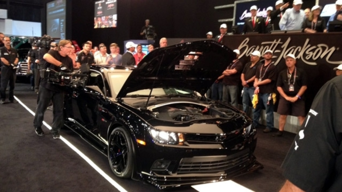2015 Camaro Z/28 auctioned, raises $500,000 for Drive to End Hunger