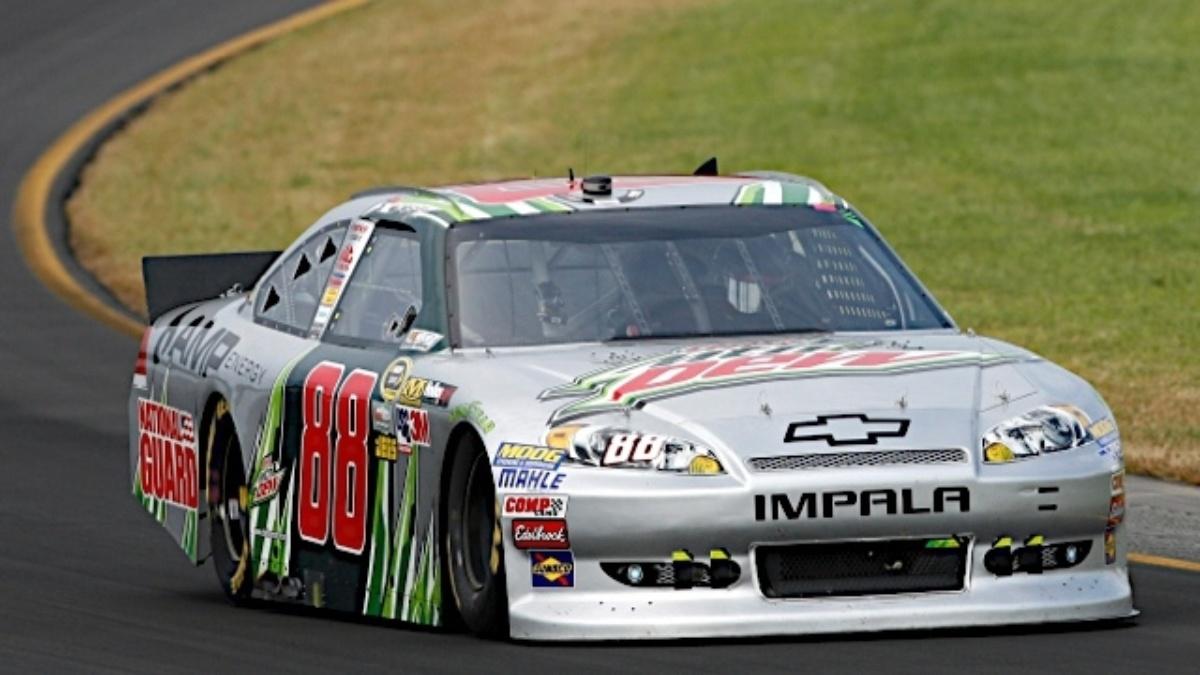 Earnhardt, Gordon sweep front row at Richmond
