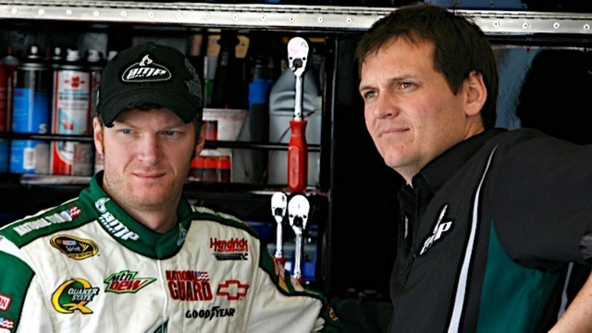 Earnhardt gears up for 400th Cup start Sunday