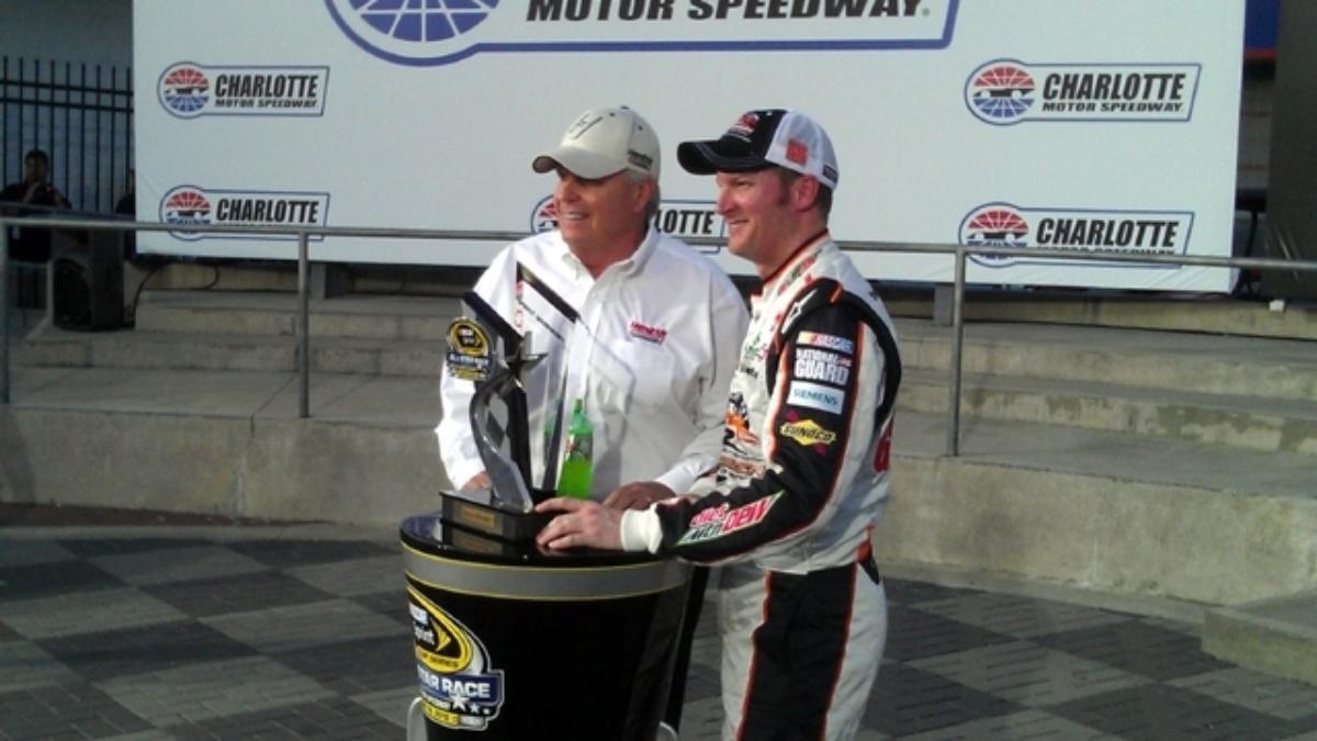 Earnhardt wins Showdown, earns spot in All-Star Race