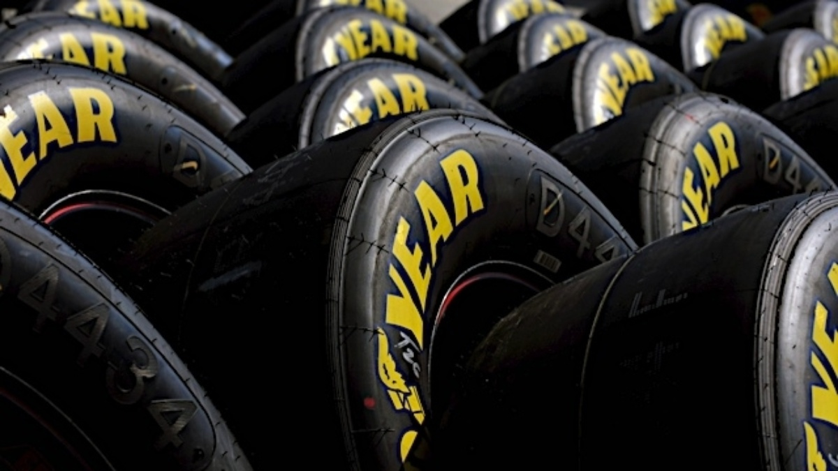 Goodyear plans for new right-side tires at Atlanta