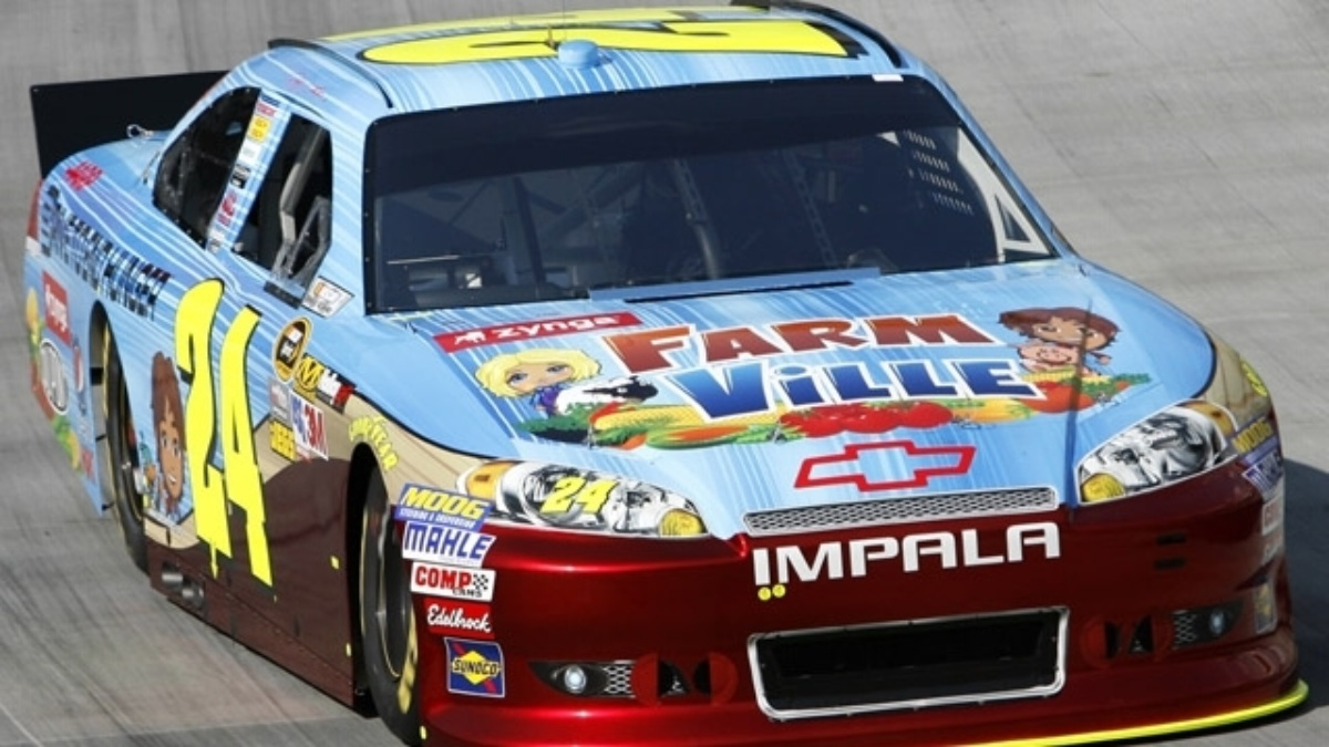 Gordon 11th, Kahne 12th after Bristol qualifying washed out