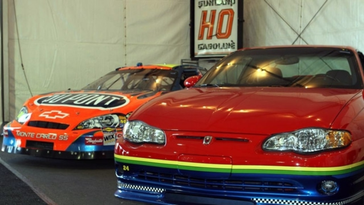 Gordon Monte Carlos on block Saturday at Barrett-Jackson, proceeds benefit Drive to End Hunger