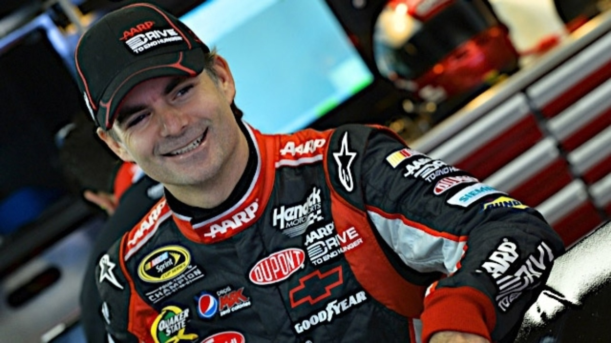 Gordon calls Kansas 'a whole new racetrack'