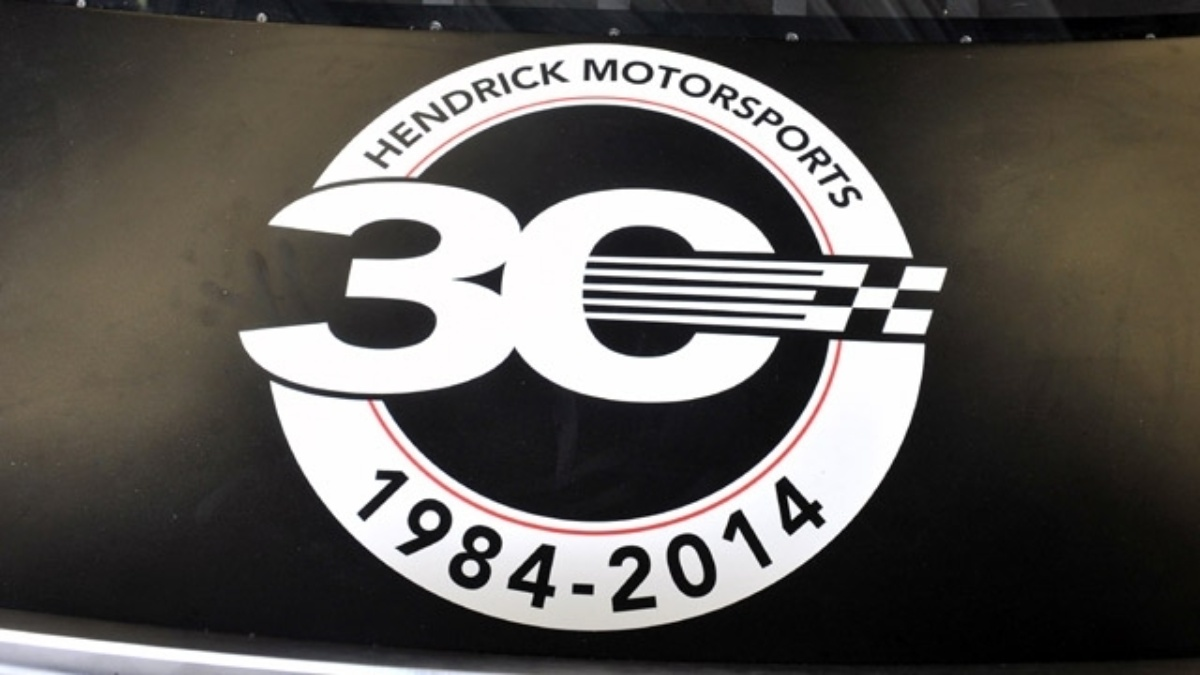 Hendrick Motorsports celebrates fans with 30th anniversary sweepstakes