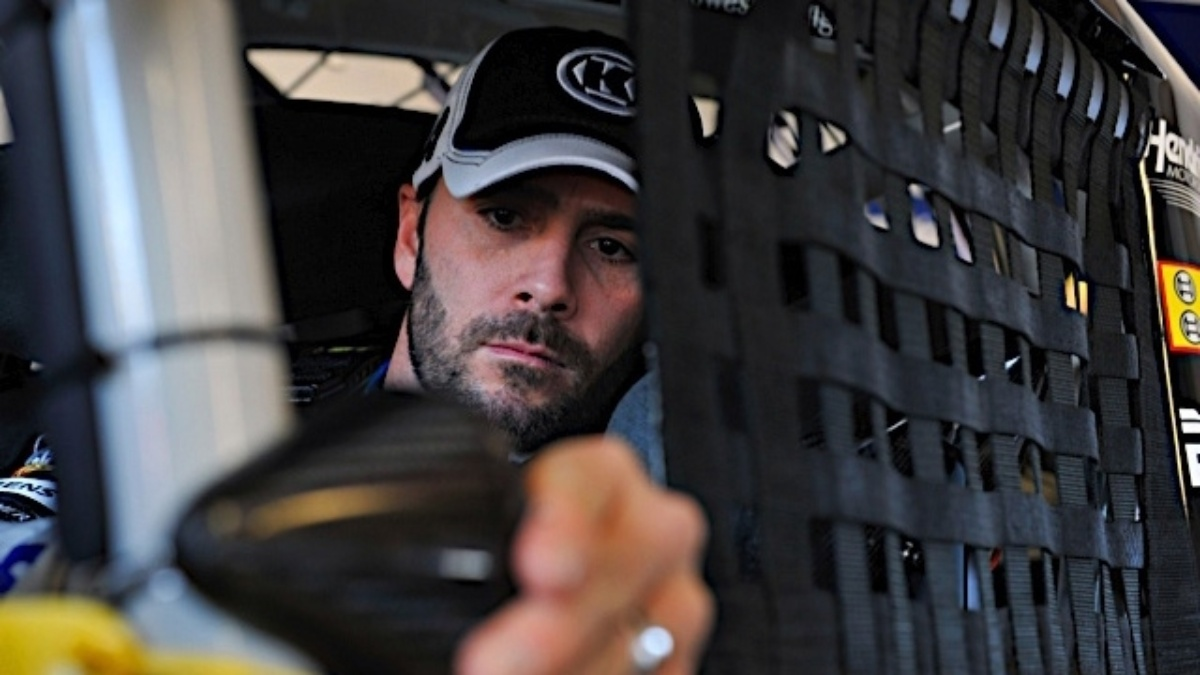 Hendrick drivers qualify inside top 18 at Infineon