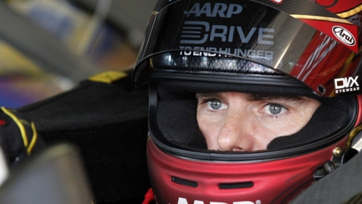 Jeff Gordon's Chase hopes alive going into Richmond night race