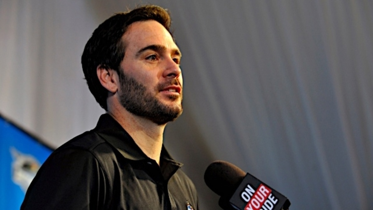 Jimmie Johnson Foundation launches  2012 Helmet of Hope