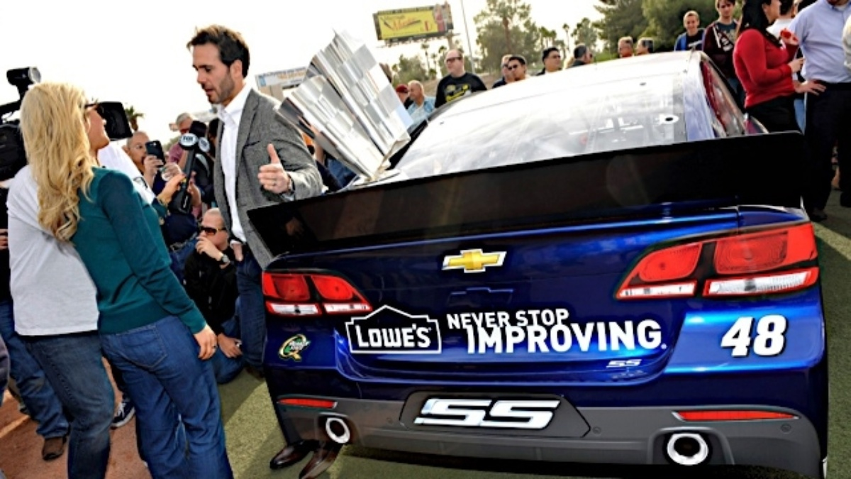 Jimmie Johnson chats with media, meets fans during Day 1 of Champion's Week