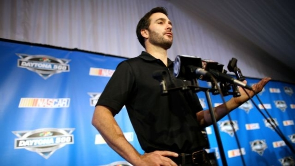 Jimmie Johnson goes to new depths to recover championship form
