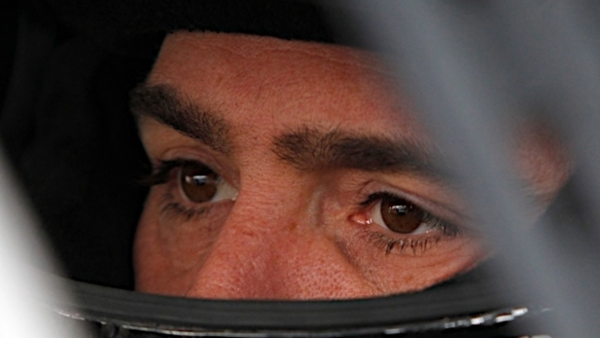Jimmie Johnson takes points lead, Dale Earnhardt Jr. finishes second at Talladega
