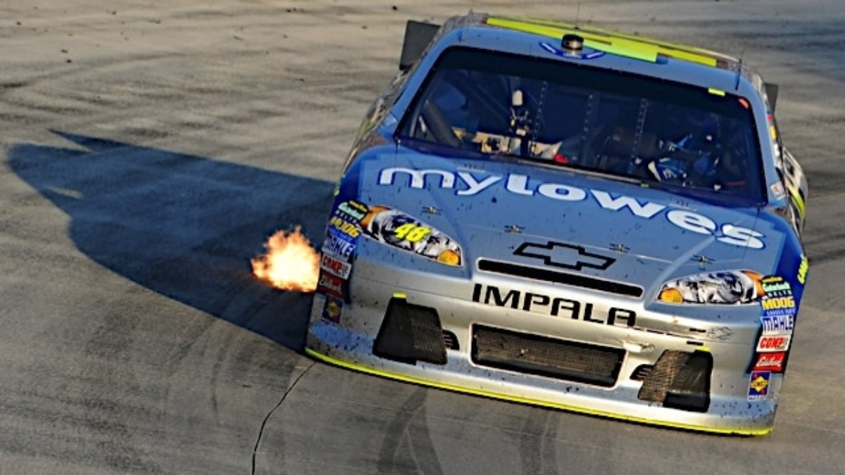 Johnson, Earnhardt qualify in top 16 at Texas