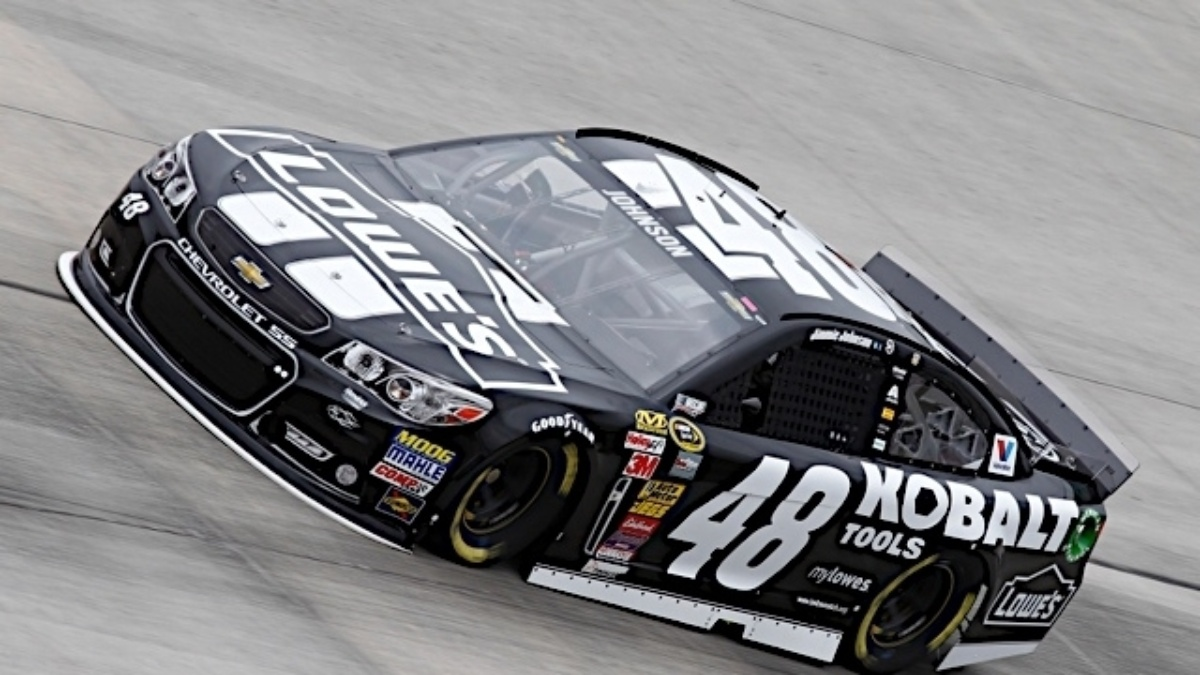 Johnson, Gordon qualify in the top six at Dover