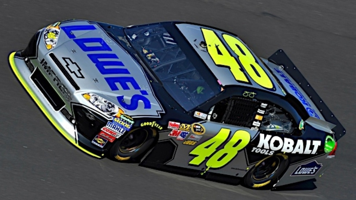 Johnson second at Dover, improves to fifth in standings