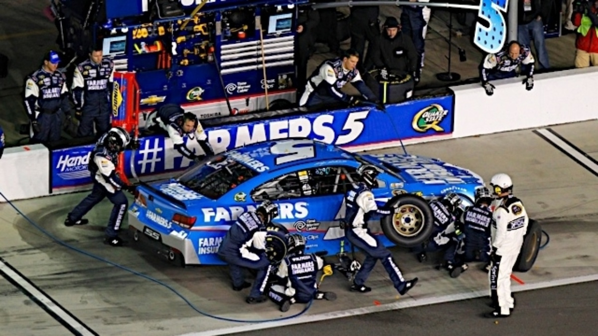 Kasey Kahne, Jeff Gordon qualify in top 10 for All-Star Race