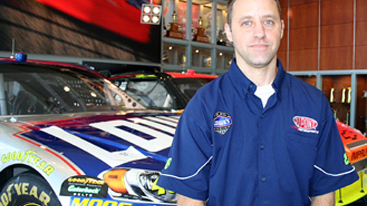 Getting to know Brad Eichenlaub, lead set-up specialist for the Nos. 24 and 48 teams