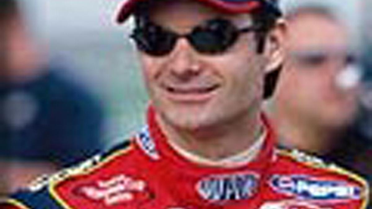 Gordon Qualifies Third for Pepsi 400