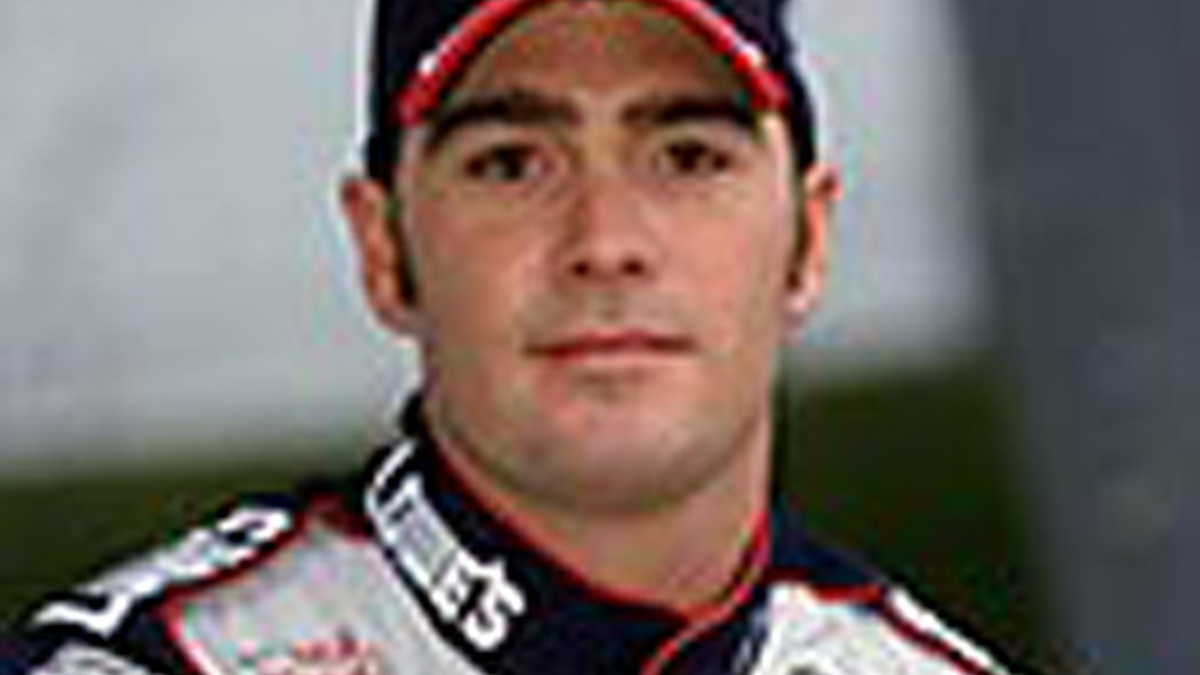 Johnson Third in New Hampshire Qualifying Practice