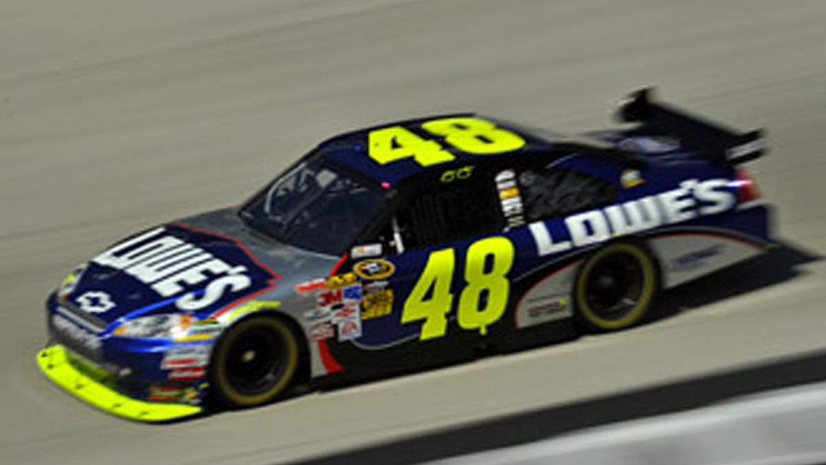 Lowe's qualifying: Johnson on pole, four Hendrick drivers in top 10