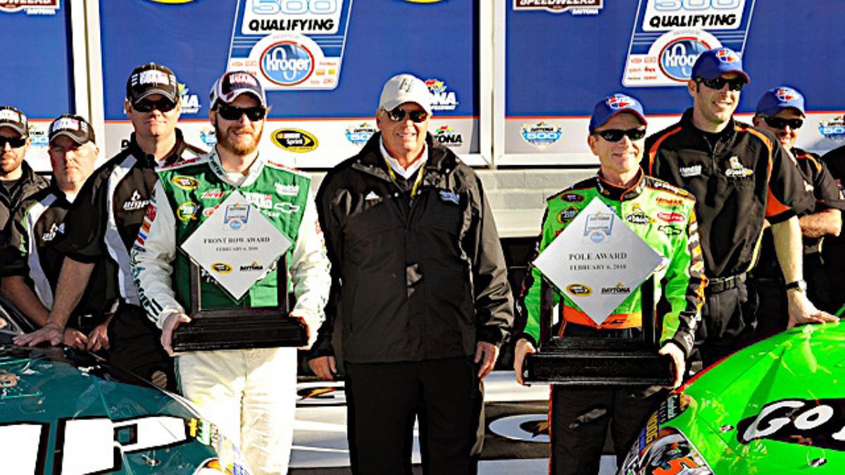 Martin, Earnhardt on front row for Daytona 500