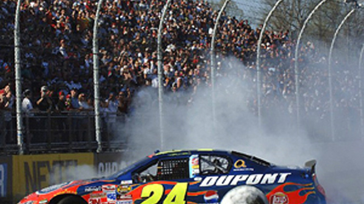 Team Gives Gordon Great Combo at 'Favorite Track'