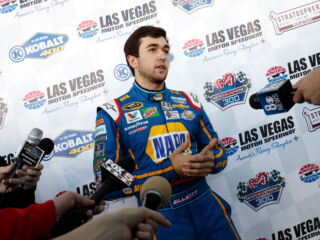 Elliott straps back in at Las Vegas tire test