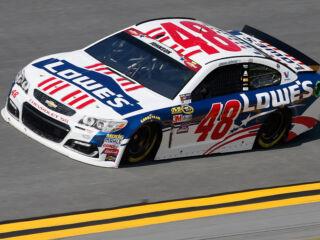 Johnson qualifies eighth&#x3B; leads Hendrick Motorsports charge at Daytona