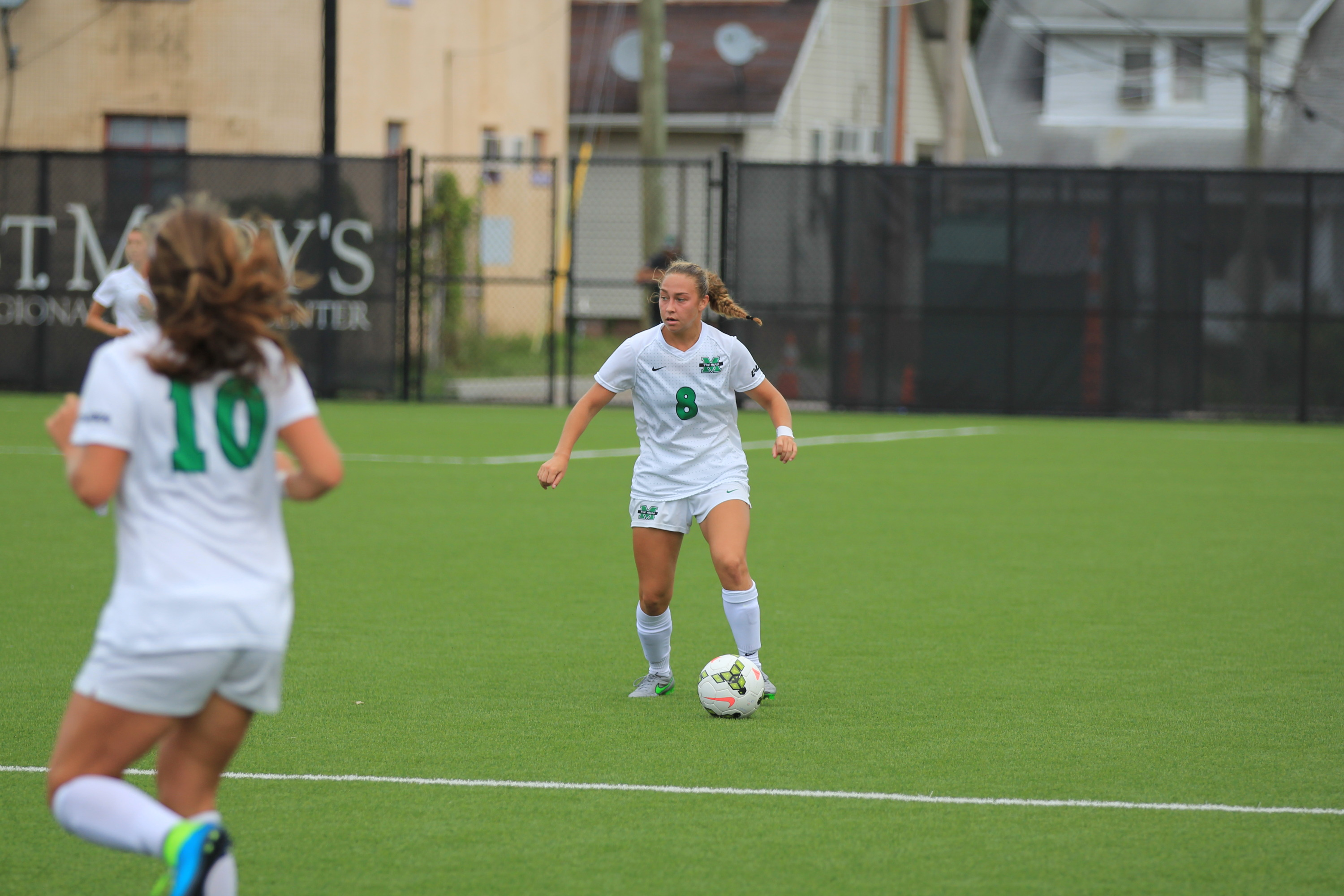 Rookie Ashley Seltzer led the Herd with five shots.