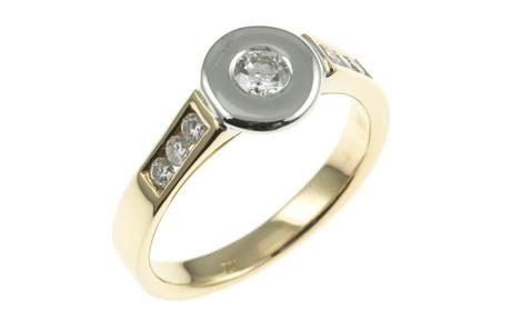 Ring 750/- Gelbgold und Weißgold mit Brillanten