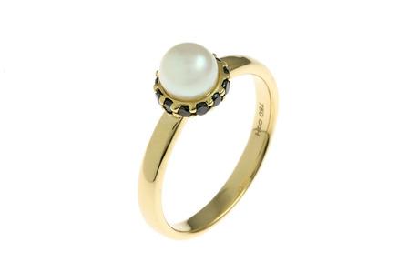Ring 750/- Gelbgold mit schwarzen Diamanten und Akoya-Zuchtperle