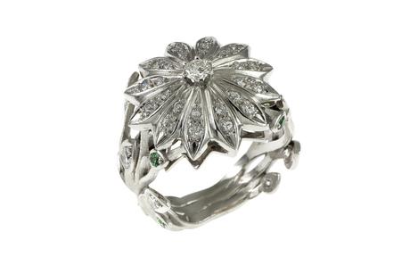 Ring 750/- Weißgold mit Diamanten und Tavorith