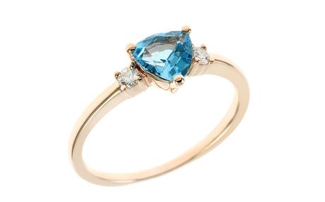 Ring 750/- Roségold mit Diamanten und Blautopas