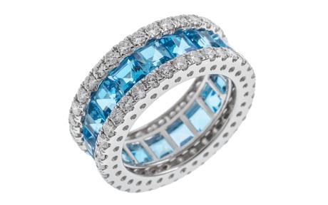 Ring 750/- Weißgold mit Diamanten und Topas