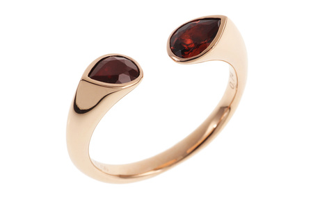 Ring 750/- Roségold mit Granaten