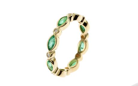 Ring 750/- Gelbgold mit Diamanten und Smaragden