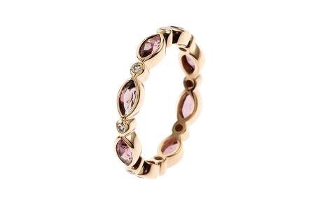 Ring 750/- Roségold mit Diamanten und Rhodolithen