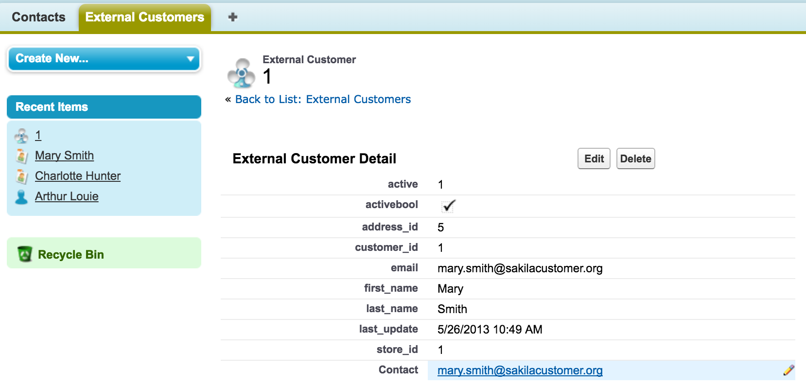 Salesforce UI - external customer record