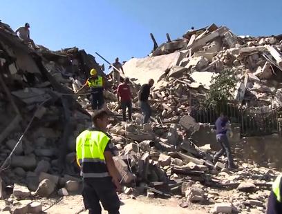 '휴양객 수천 명 생사불명' 이탈리아 지진 사망자 급증