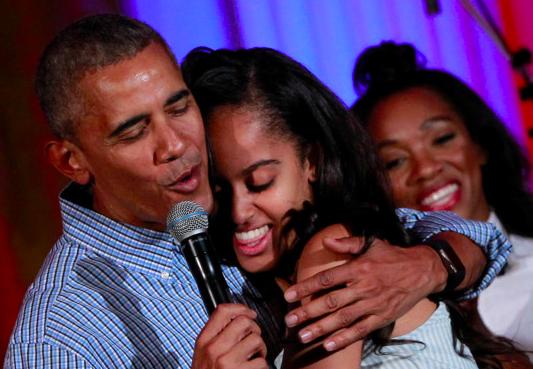 버락 오바마의 마지막 편지를 읽으며 눈물을 참기란 정말 힘들다