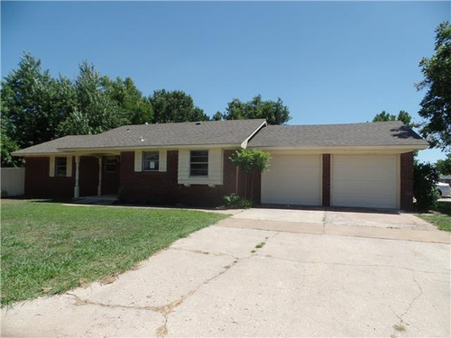 property details this property is owned by hud hud case 421 459860 and