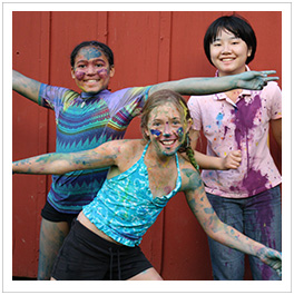 3 painted girls