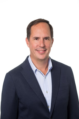Michael Schroeder headshot