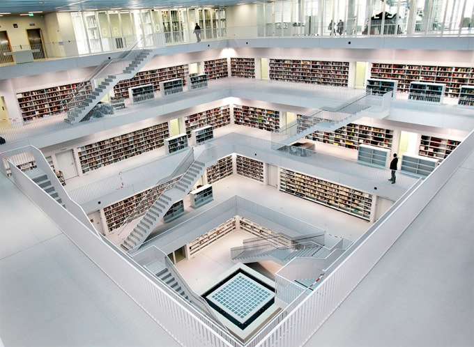 Beautiful open and bright, multi-floored library